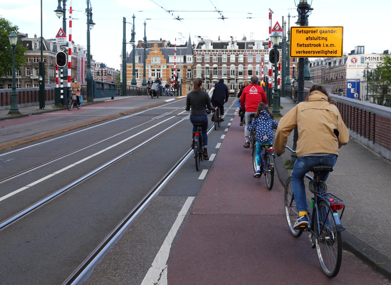 Sfeerfoto fietsers Amsterdam